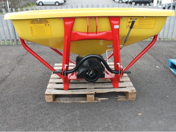 Cosmo Fertilizer Spreader PDHV 800