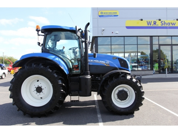 Ex Hire New Holland T7.200